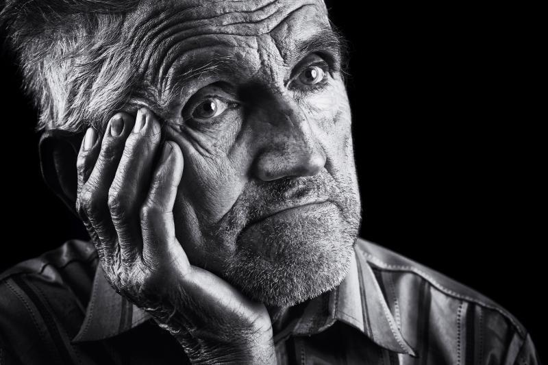 monochrome-stylized-portrait-of-an-expressive-old-man
