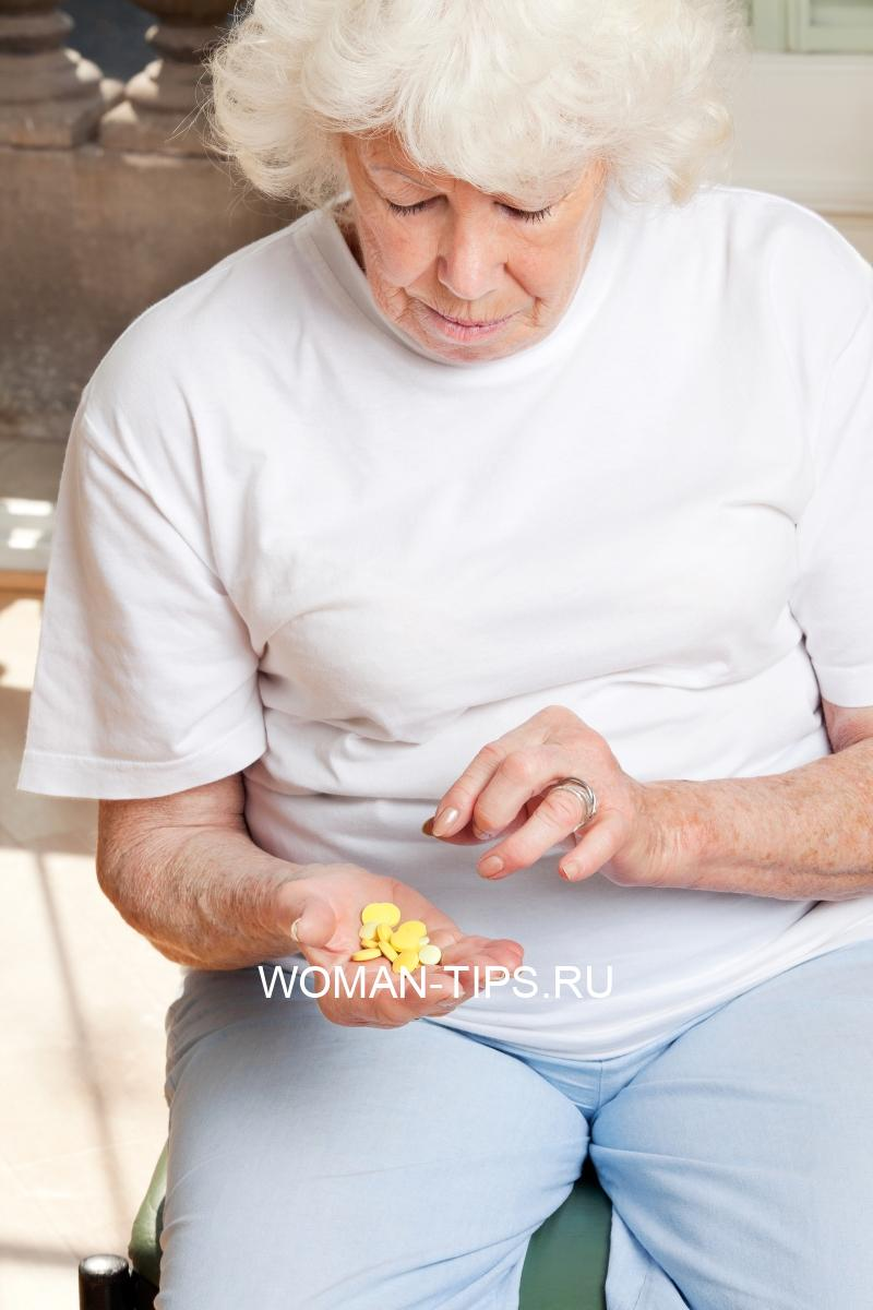 woman-looking-at-tablets