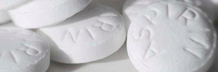 kak-vyvesti-pyatna-ot-dezodoranta-9-2560579